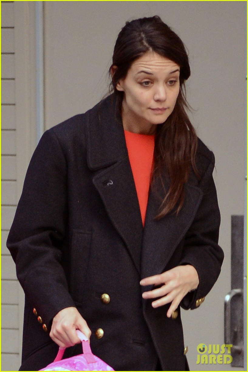 katie holmes dead accounts closes this sunday 232784436