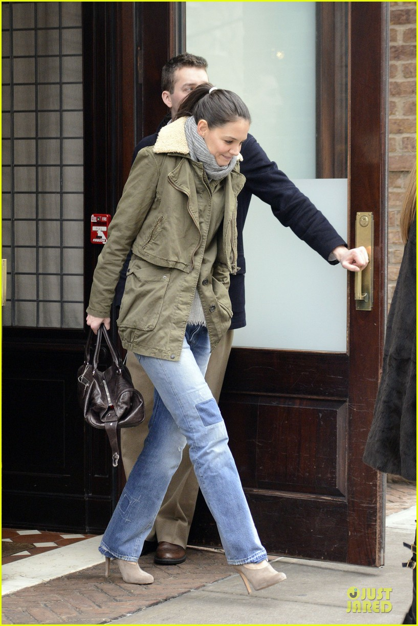 katie holmes icm partners talent agency client 082800853