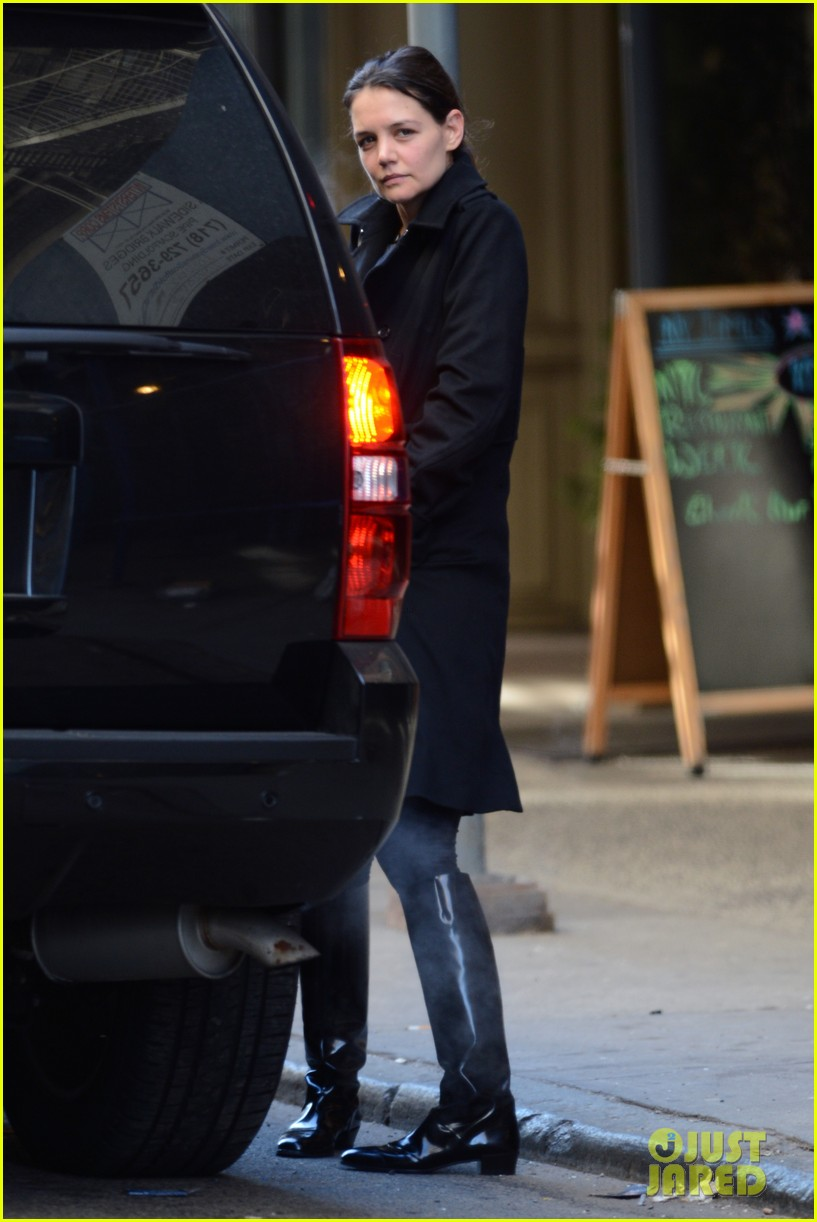 katie holmes sunday brunch with suri 062799482