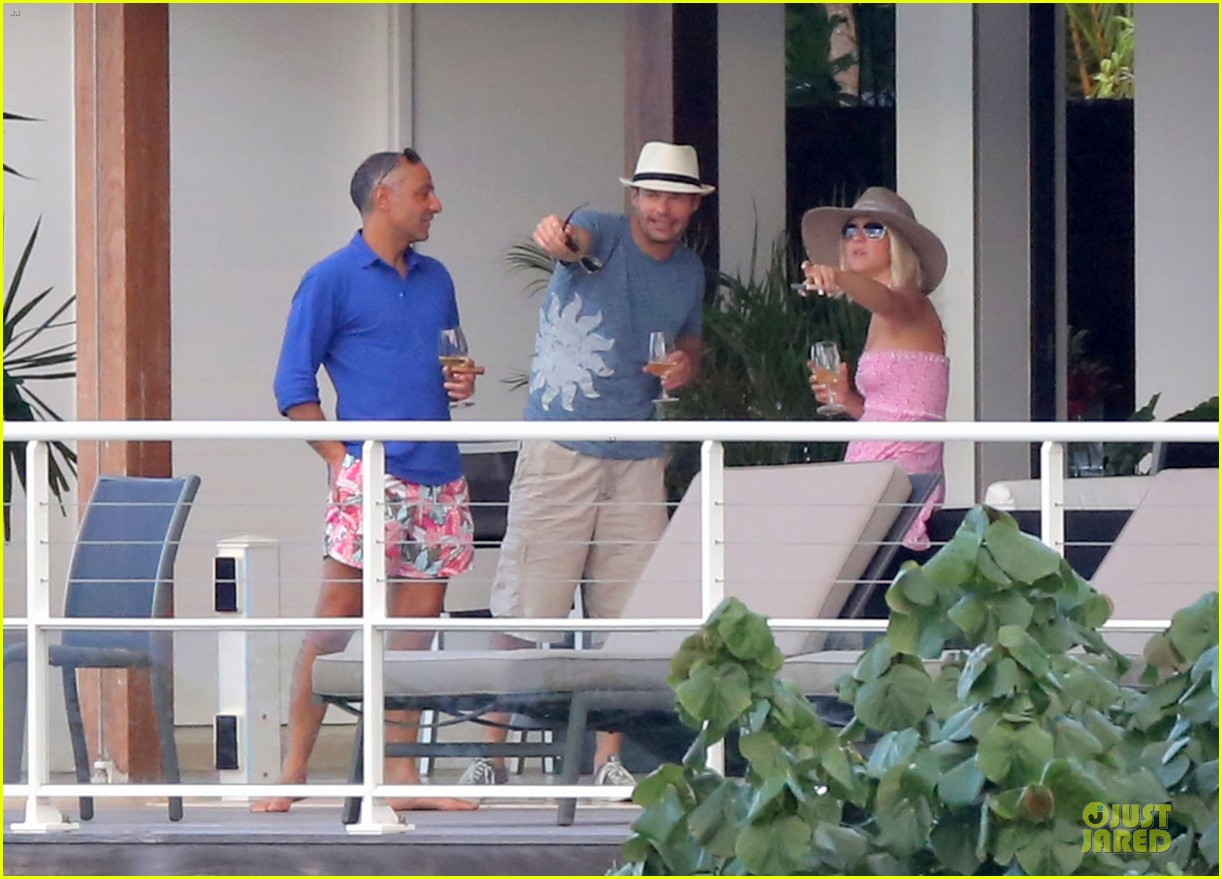 julianne hough & ryan seacrest beach deck kisses 172785187
