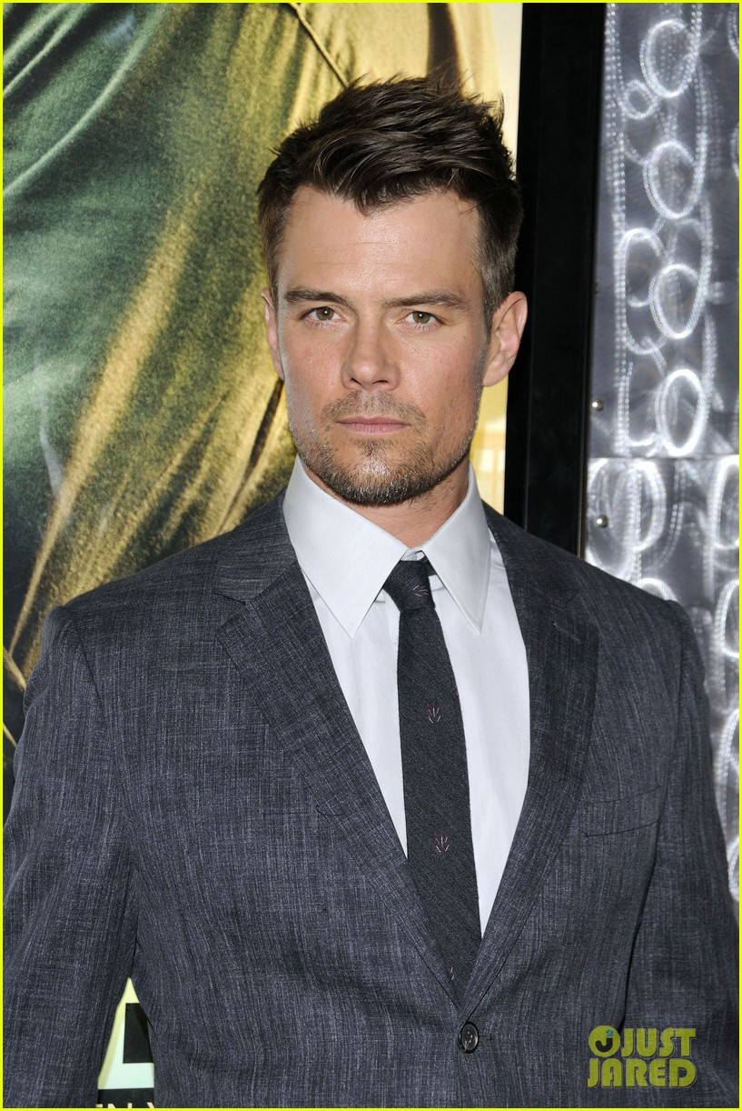 josh duhamel julianne hough safe haven toronto premiere 112796467