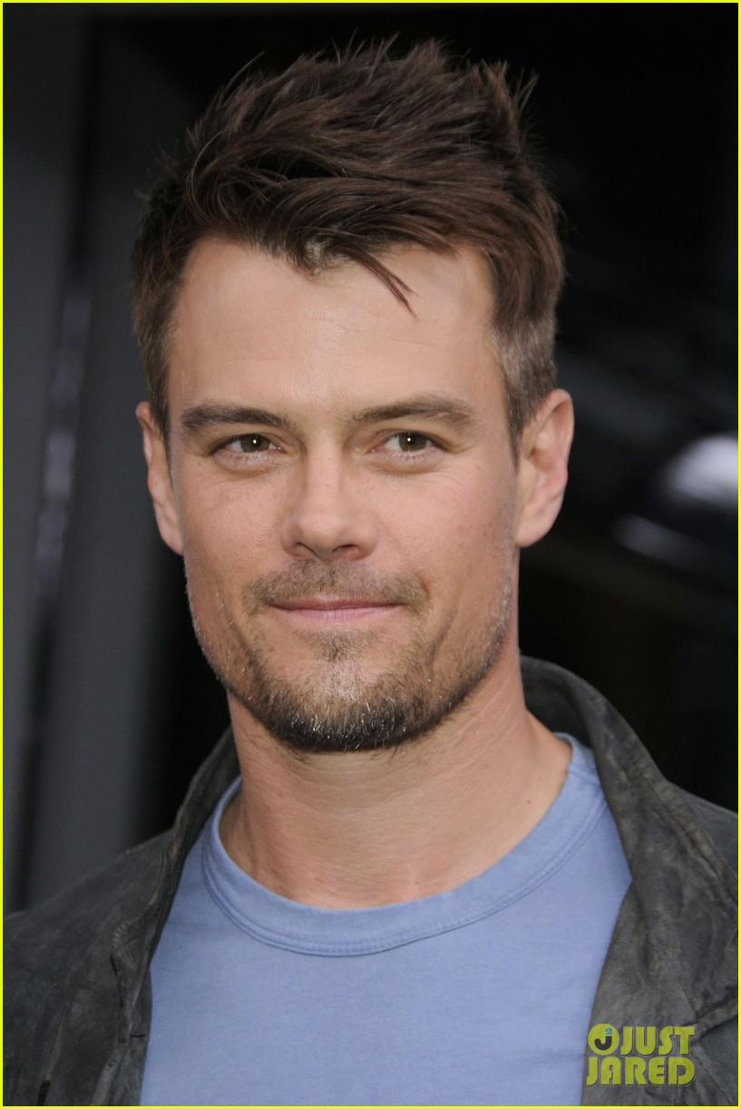josh duhamel julianne hough safe haven toronto premiere 252796481
