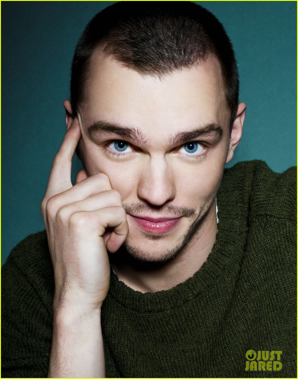 nicholas hoult photo shoot justjared exclusive 032801937
