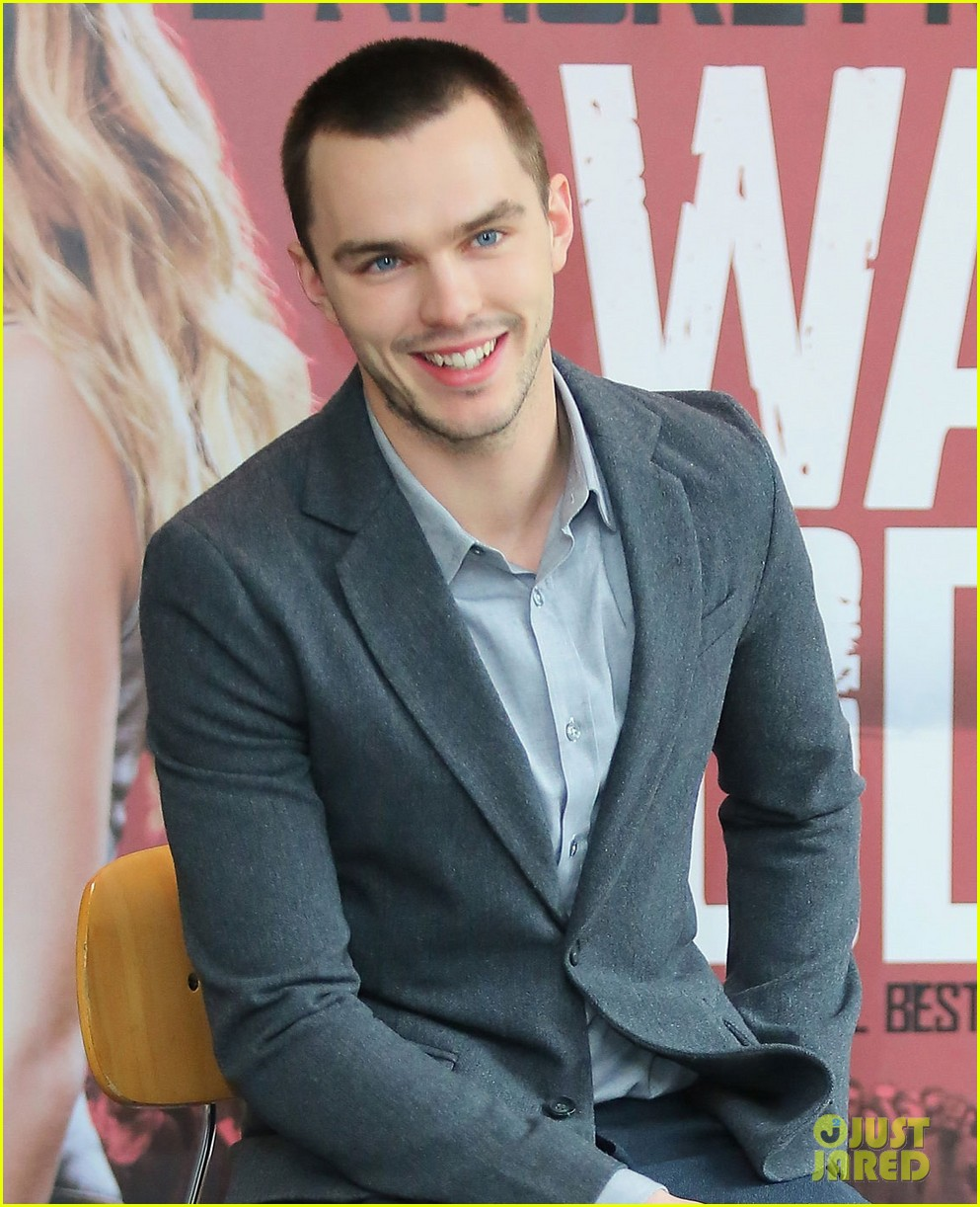 nicholas hoult warm bodies rome photo call 022793348