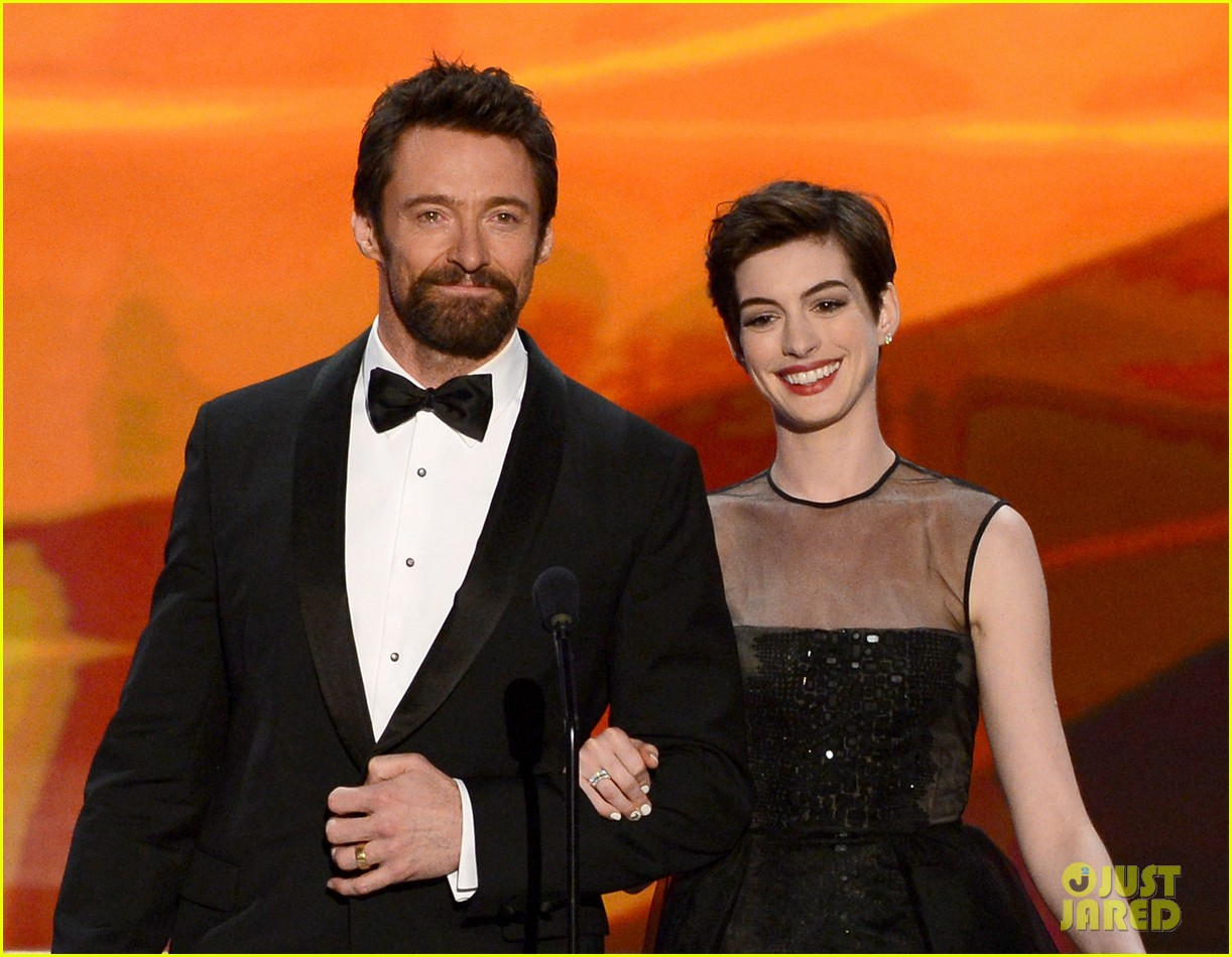 hugh jackman sag awards 2013 red carpet 062799829