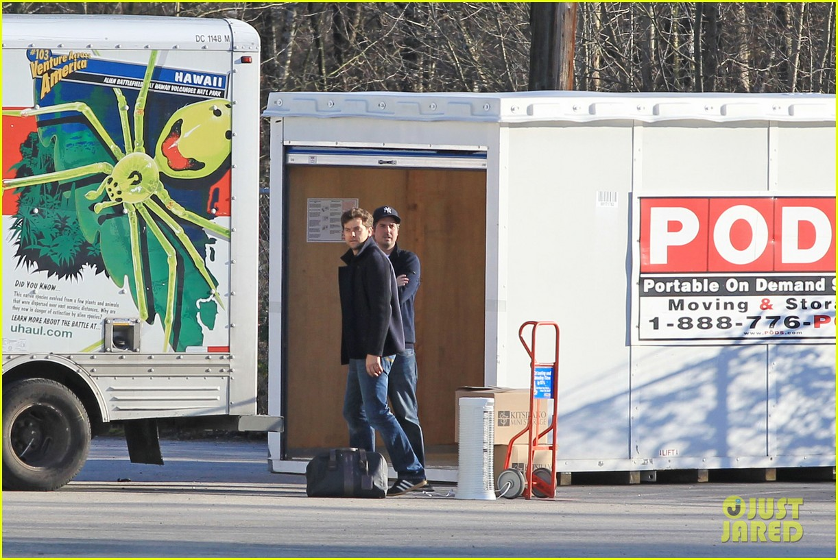 joshua jackson from vancouver to socal 122800627