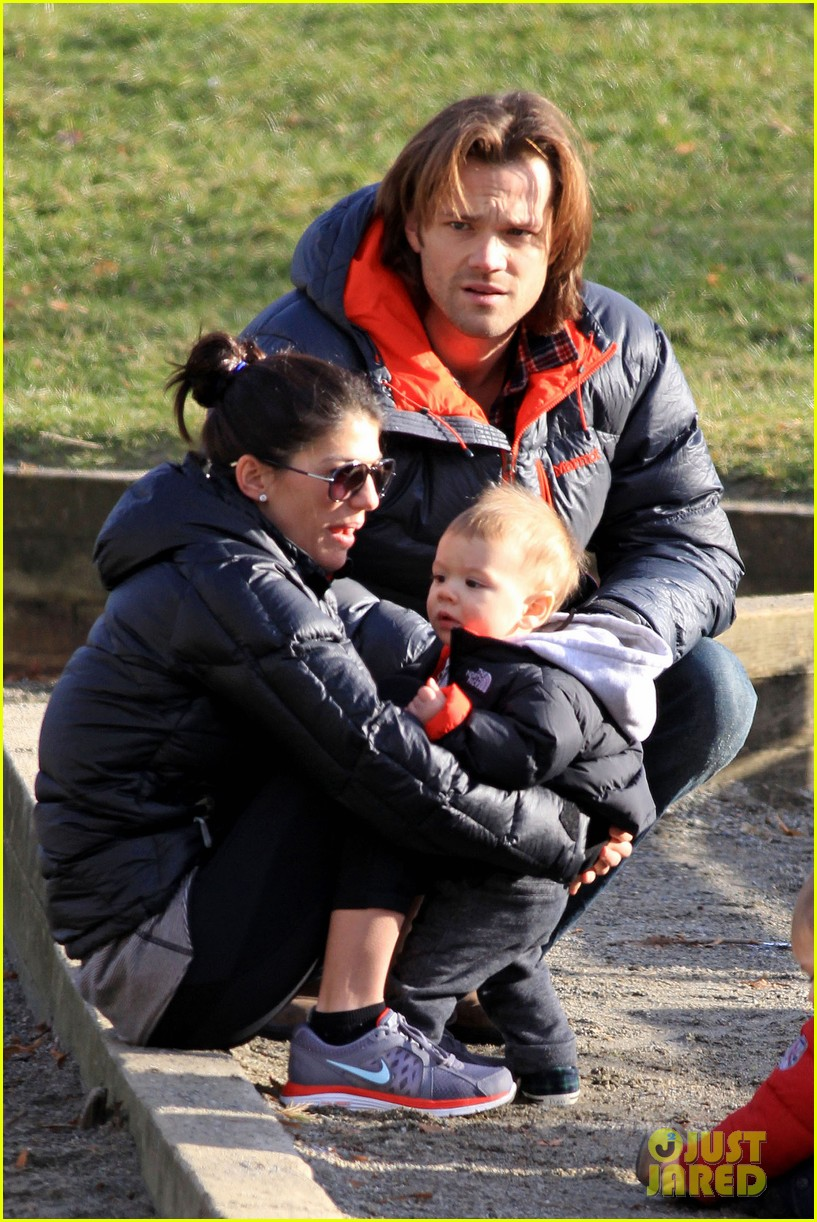 jared padalecki genevieve cortese park playdate with thomas 022795353