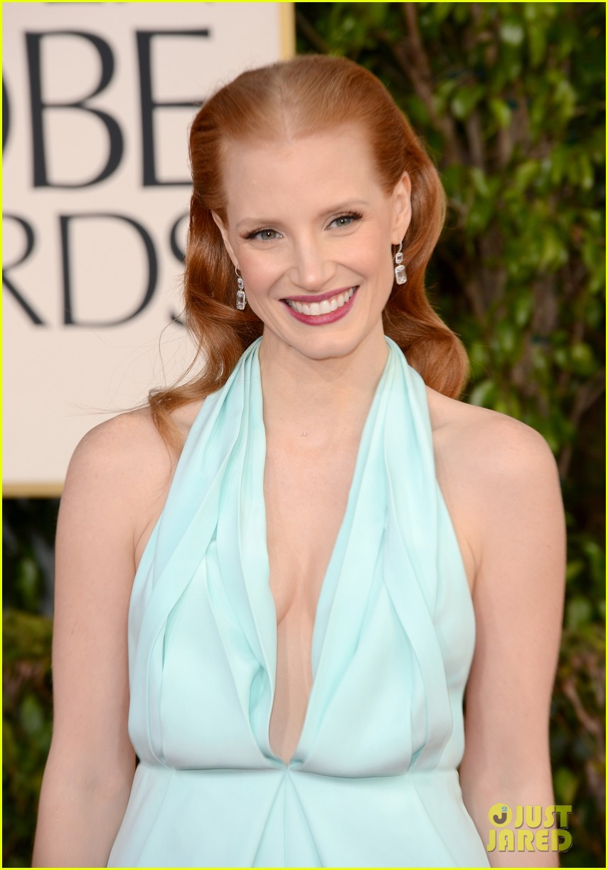 jessica chastain golden globes 2013 red carpet 012790955