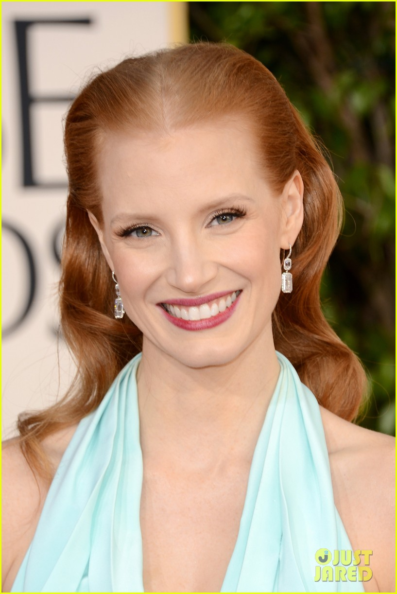 jessica chastain golden globes 2013 red carpet 032790957