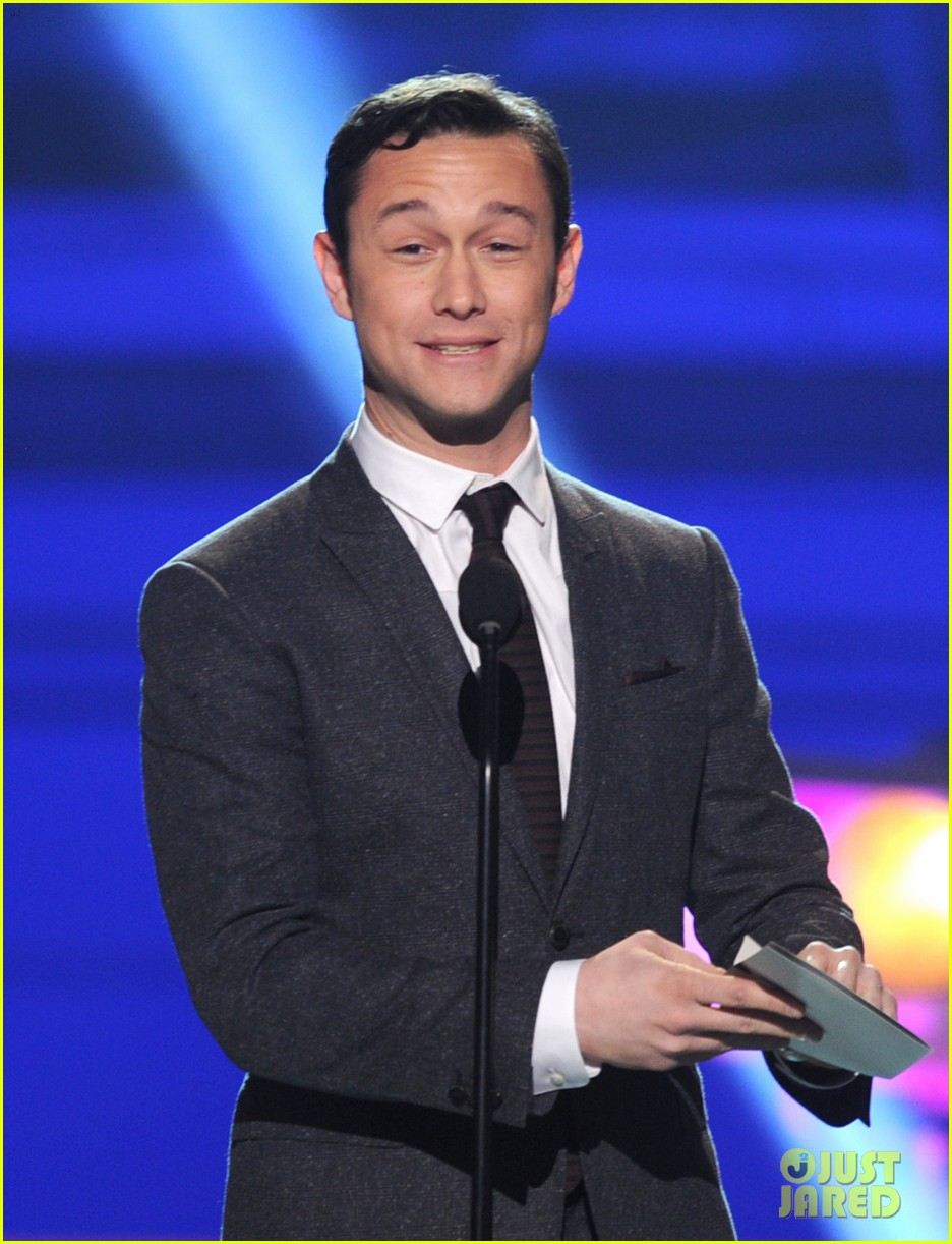 jgl bale critics choice awards 03
