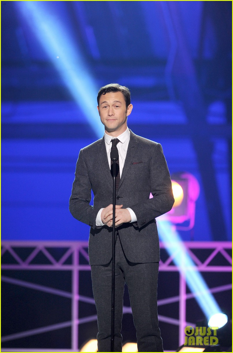 jgl bale critics choice awards 142788685