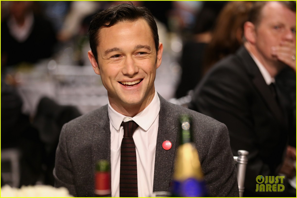 jgl bale critics choice awards 18