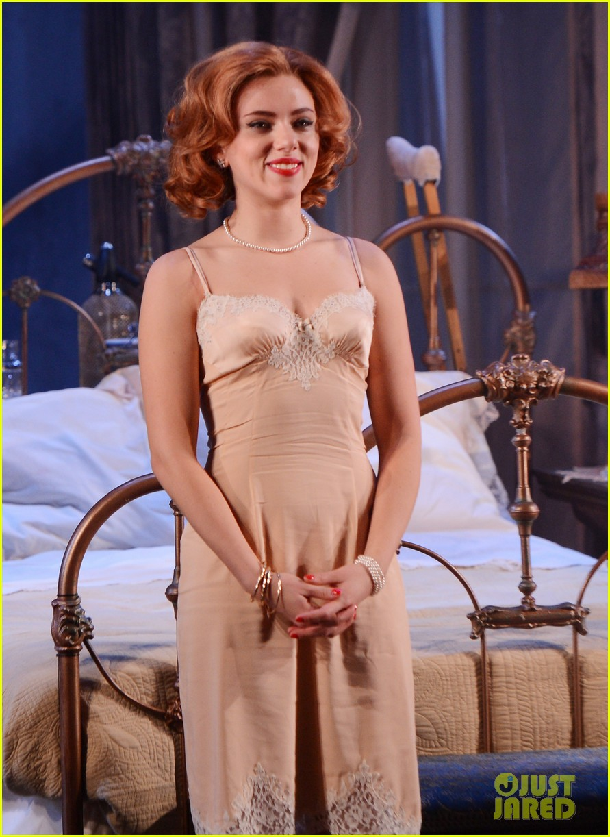 scarlett johansson cat on a hot tin roof opening party 052794065