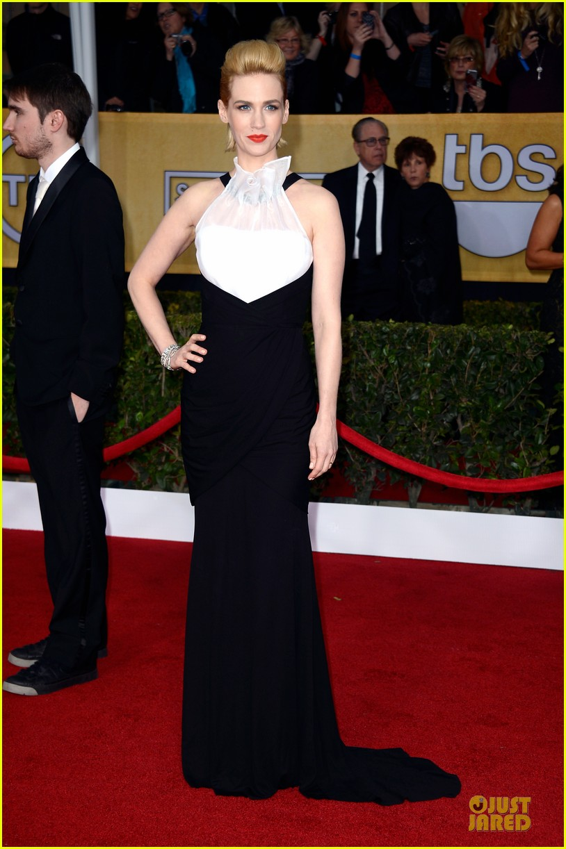 january jones jon hamm sag awards 2013 red carpet 01