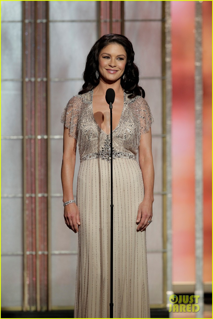 julia roberts catherine zeta jones golden globes 2013 04