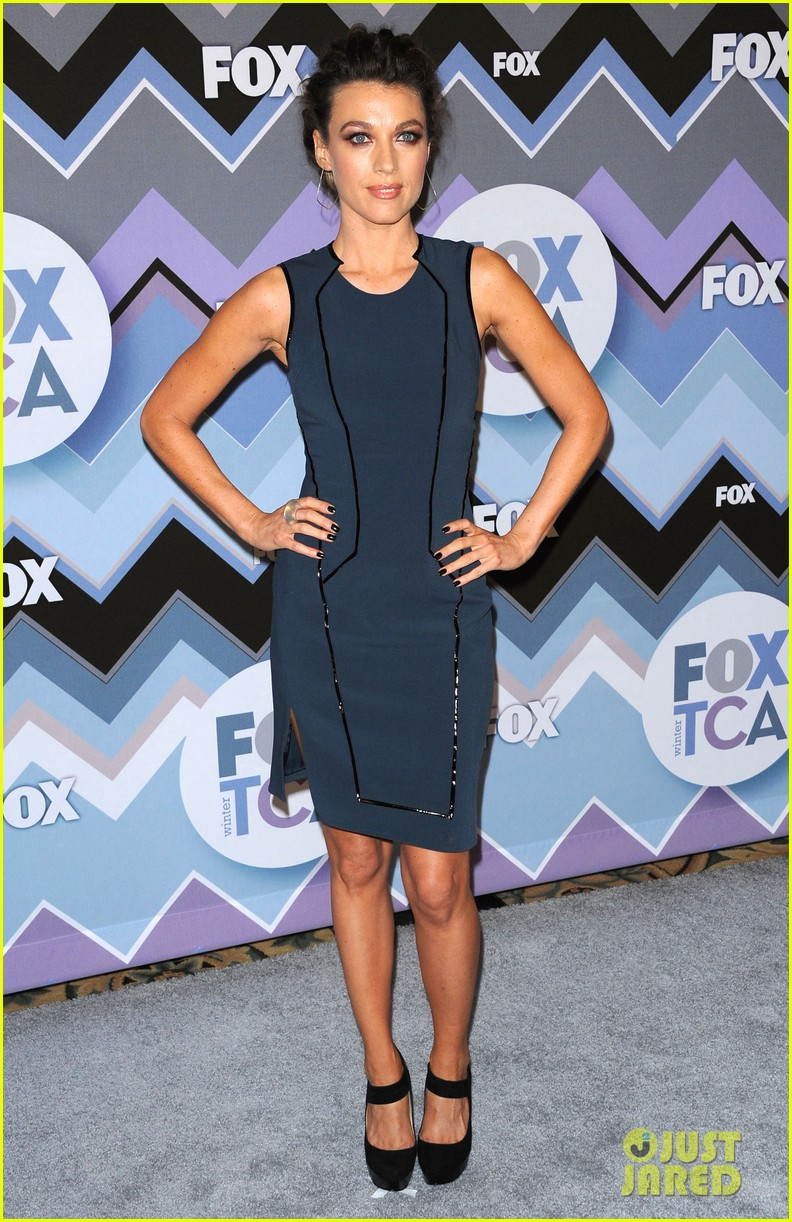 mindy kaling zooey deschanel fox tca all star party 052787585
