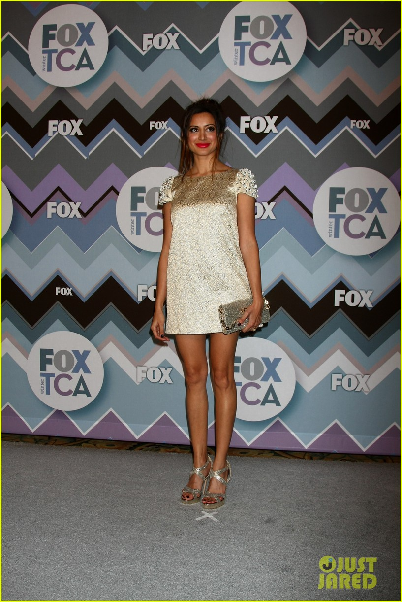 mindy kaling zooey deschanel fox tca all star party 25