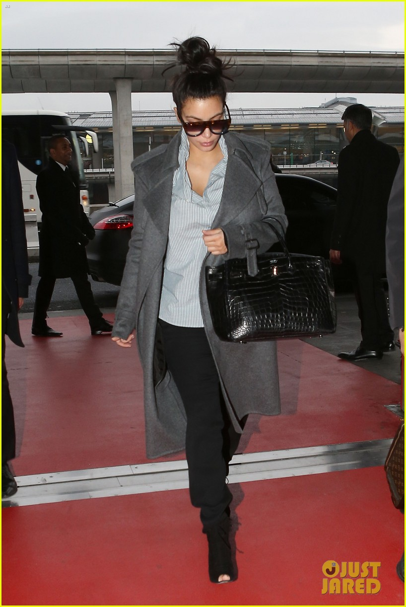 kim kardashian back from paris 072790756