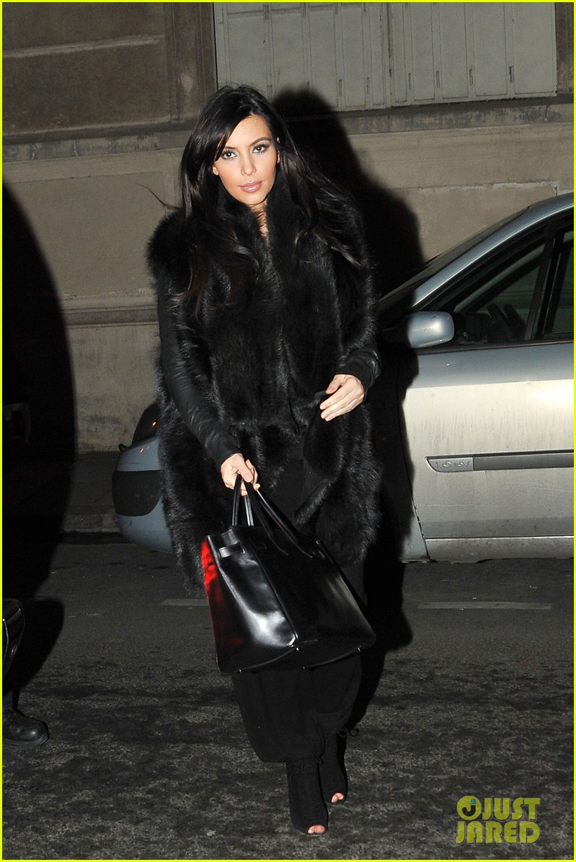 kim kardashian heads to dinner kanye west is super cold 012797550