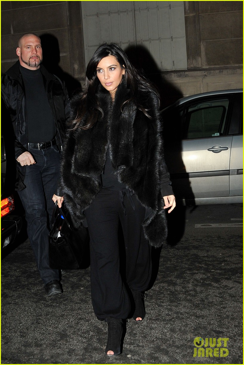 kim kardashian heads to dinner kanye west is super cold 122797561