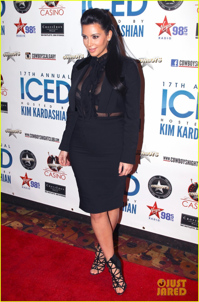 pregnant kim kardashian sheer top at iced event 052785086