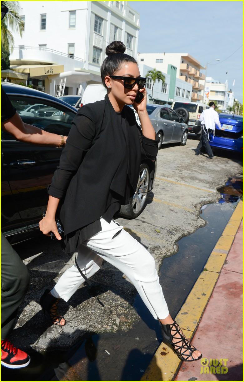 kim kardashian lunch & shopping with jonathan cheban 072786648