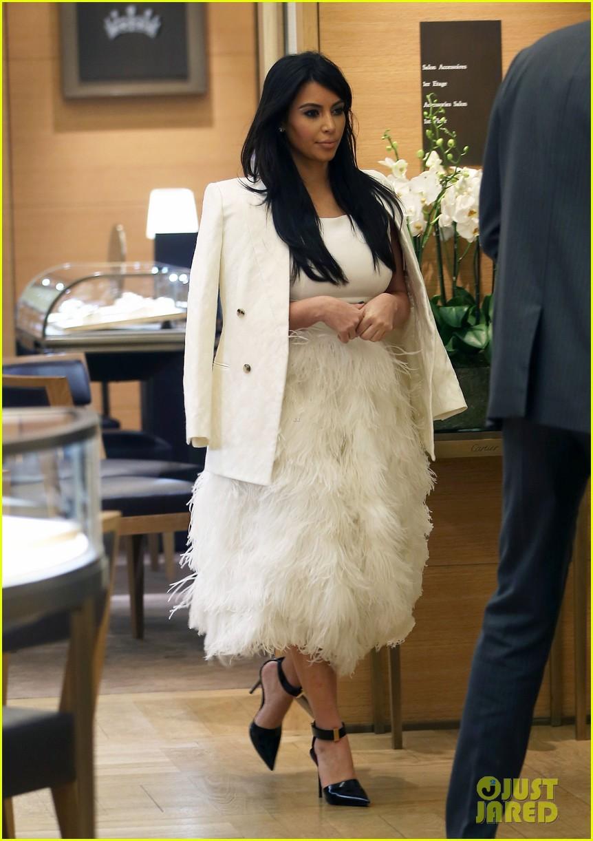 kim kardashian kanye west day off in paris 082798600