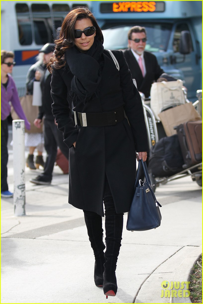 katy perry eva longoria arrive at lax after inauguration 162797326
