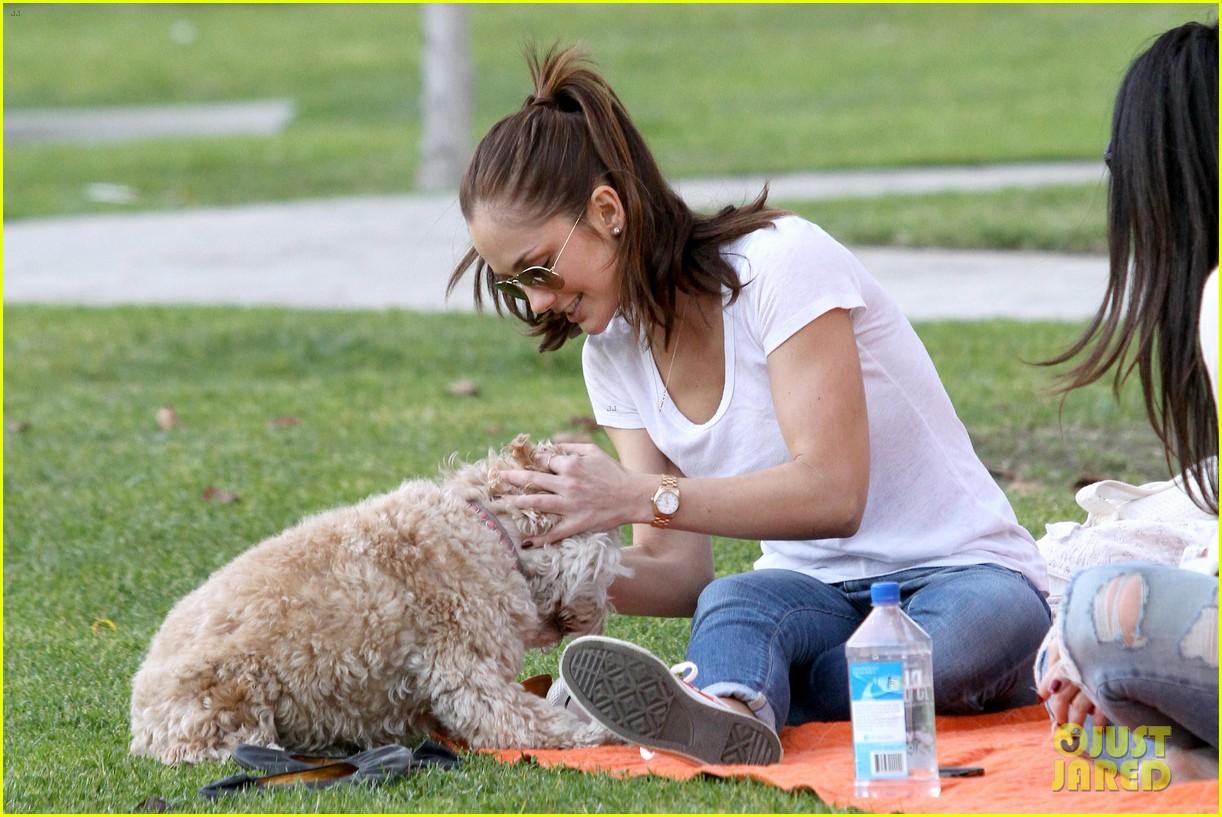 minka kelly dog park fun with chewy 032795935