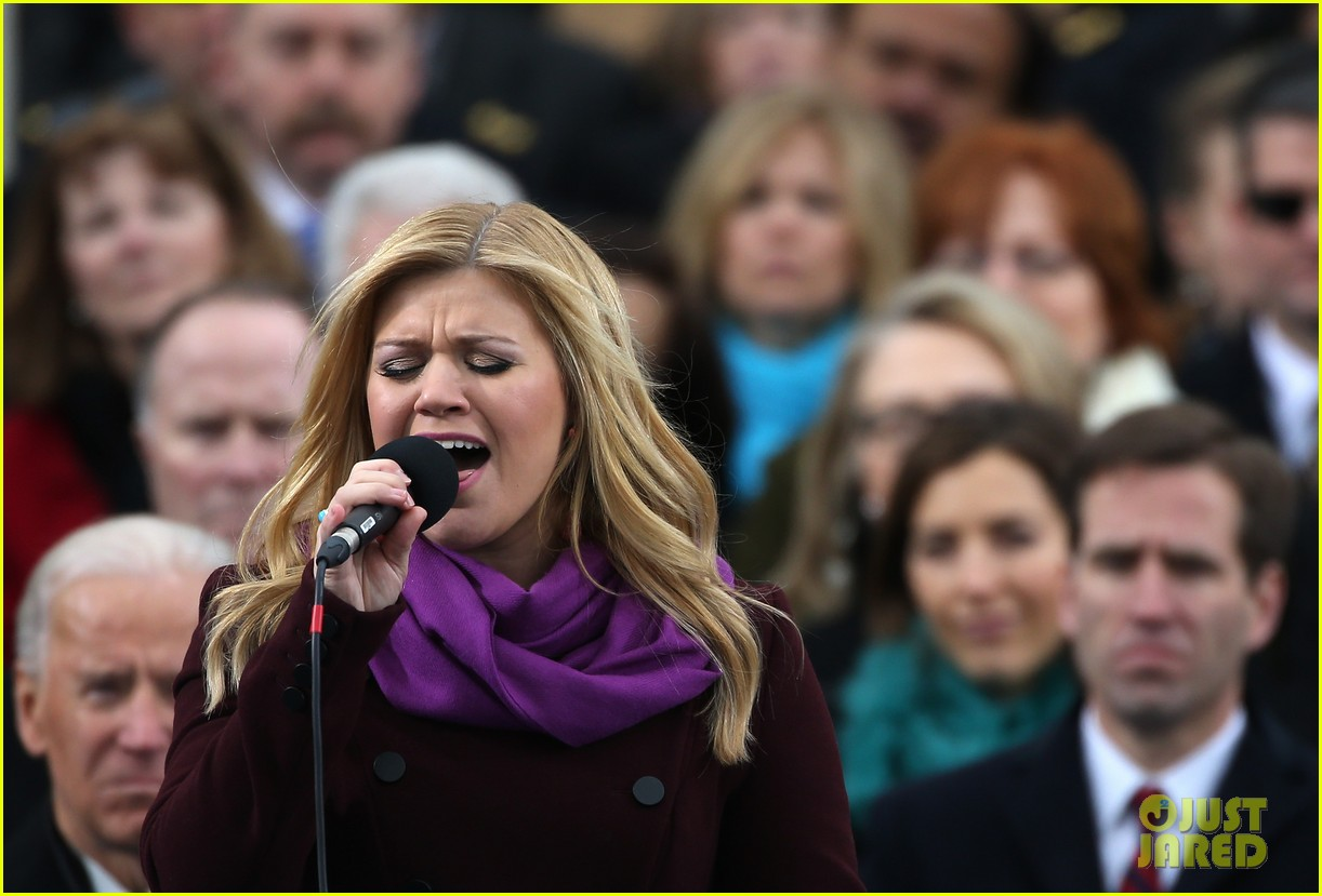 kelly clarkson inauguration performance watch now 03