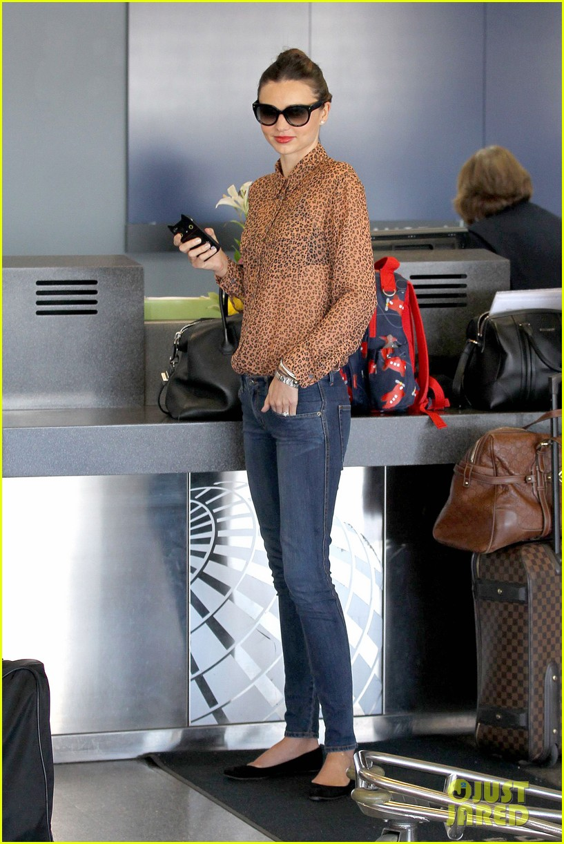 miranda kerr orlando bloom flynn family flight 102796749