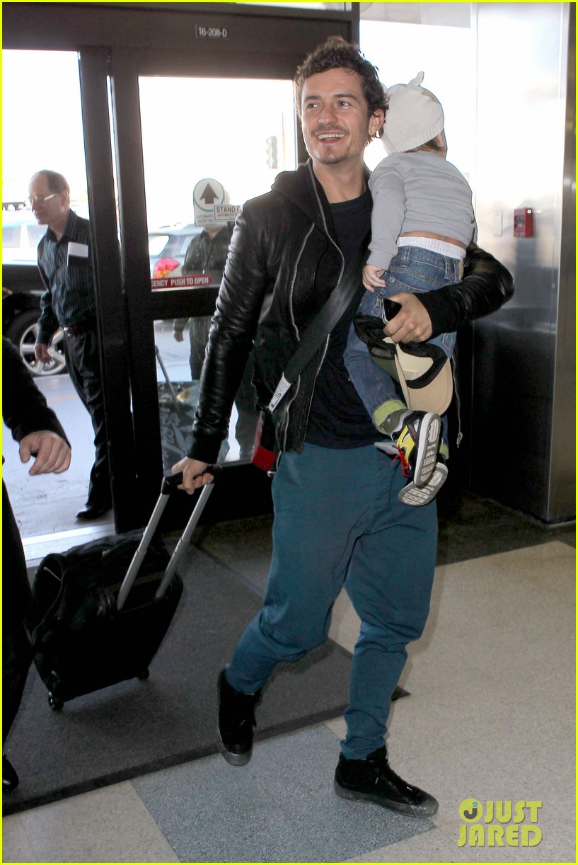 miranda kerr orlando bloom flynn family flight 11