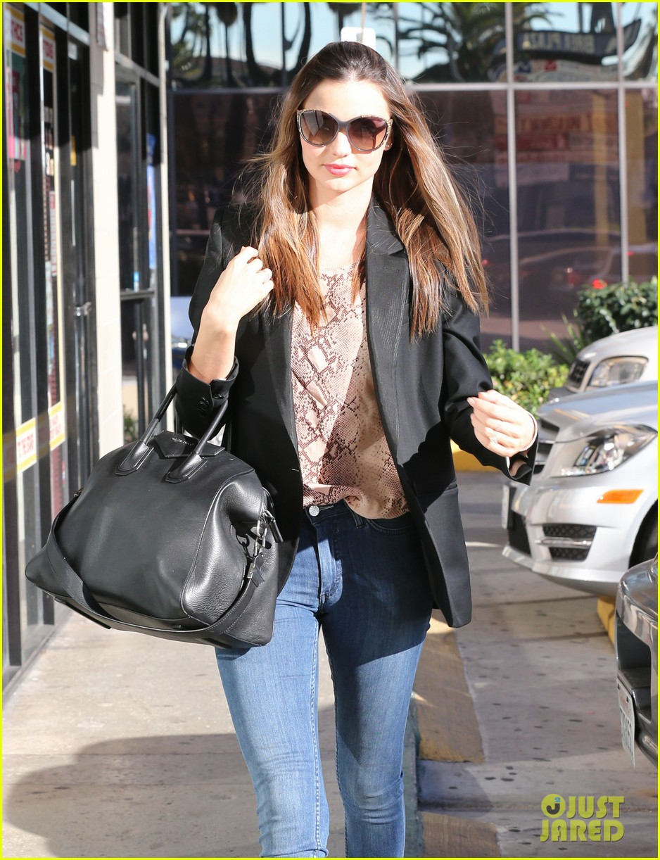 miranda kerr gets pampered orlando bloom goes for a ride 022796292