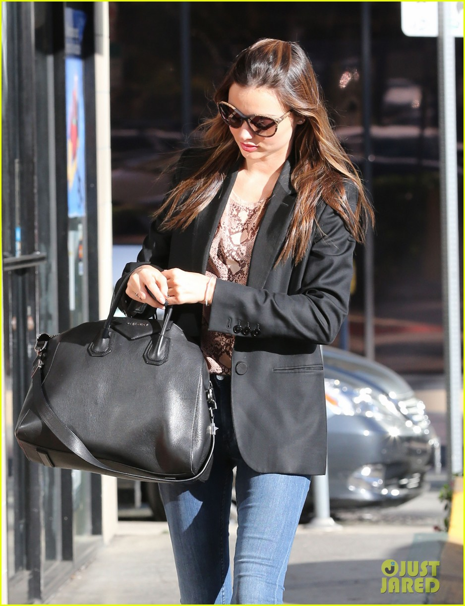 miranda kerr gets pampered orlando bloom goes for a ride 08