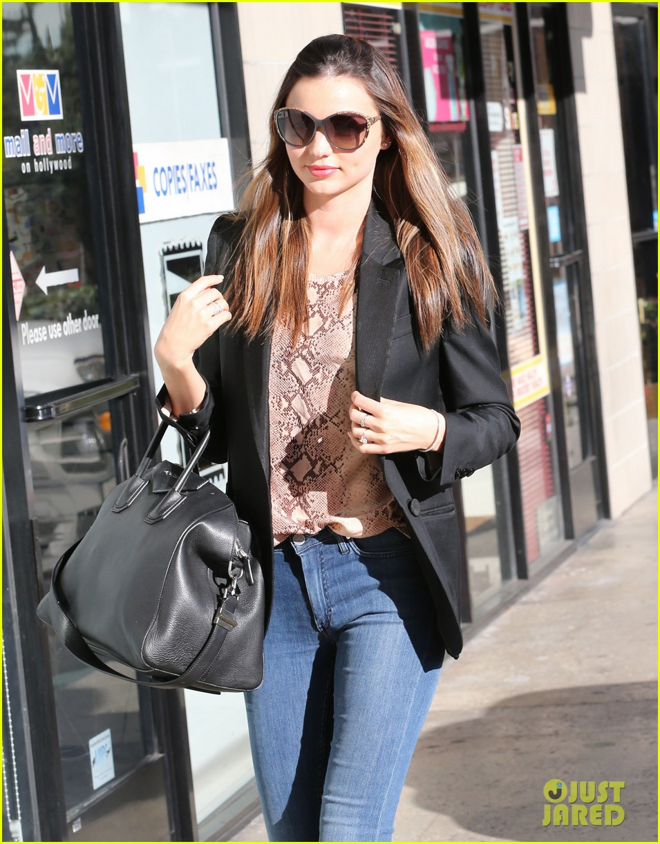 miranda kerr gets pampered orlando bloom goes for a ride 122796302