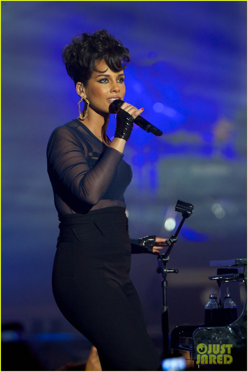 alicia keys 40 principales awards performance watch now 04