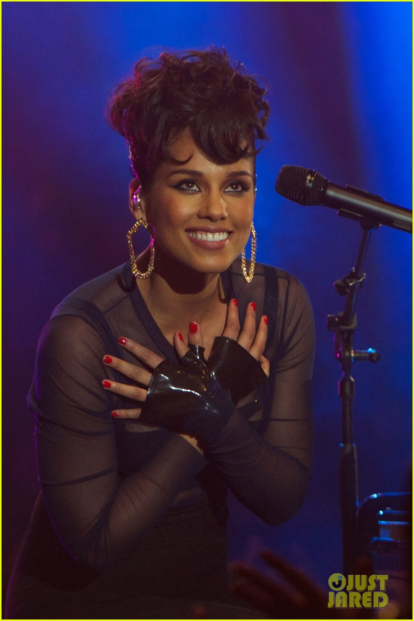 alicia keys 40 principales awards performance watch now 152798273