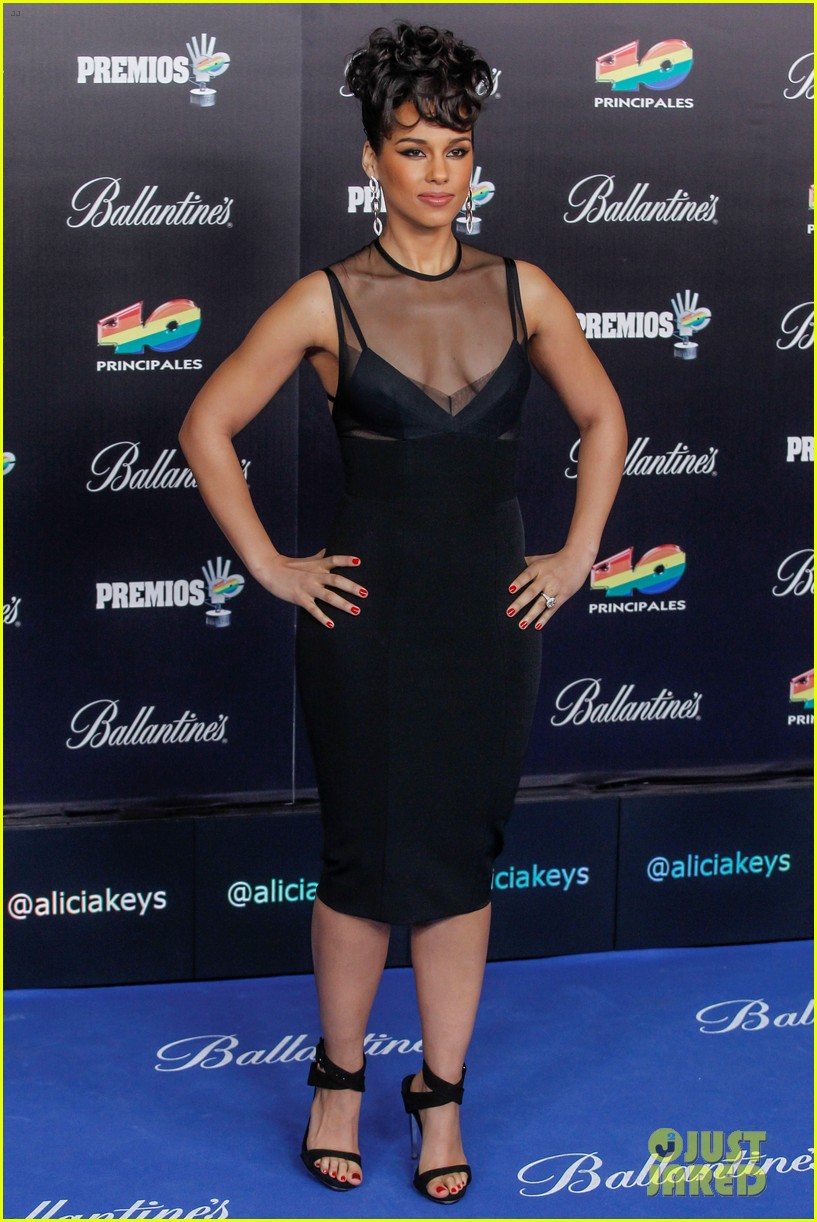 alicia keys 40 principales awards performance watch now 24