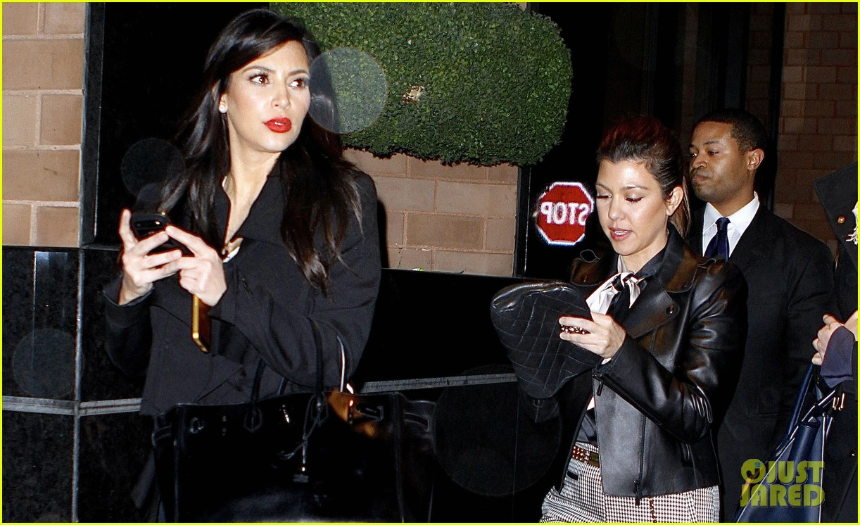 kim kardashian kanye west will keep baby name choice private 052793274