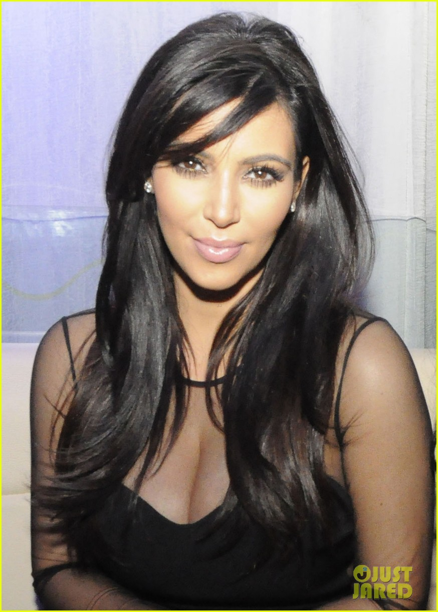 kim kardashian kourtney kim take miami premieres tonight 242795442