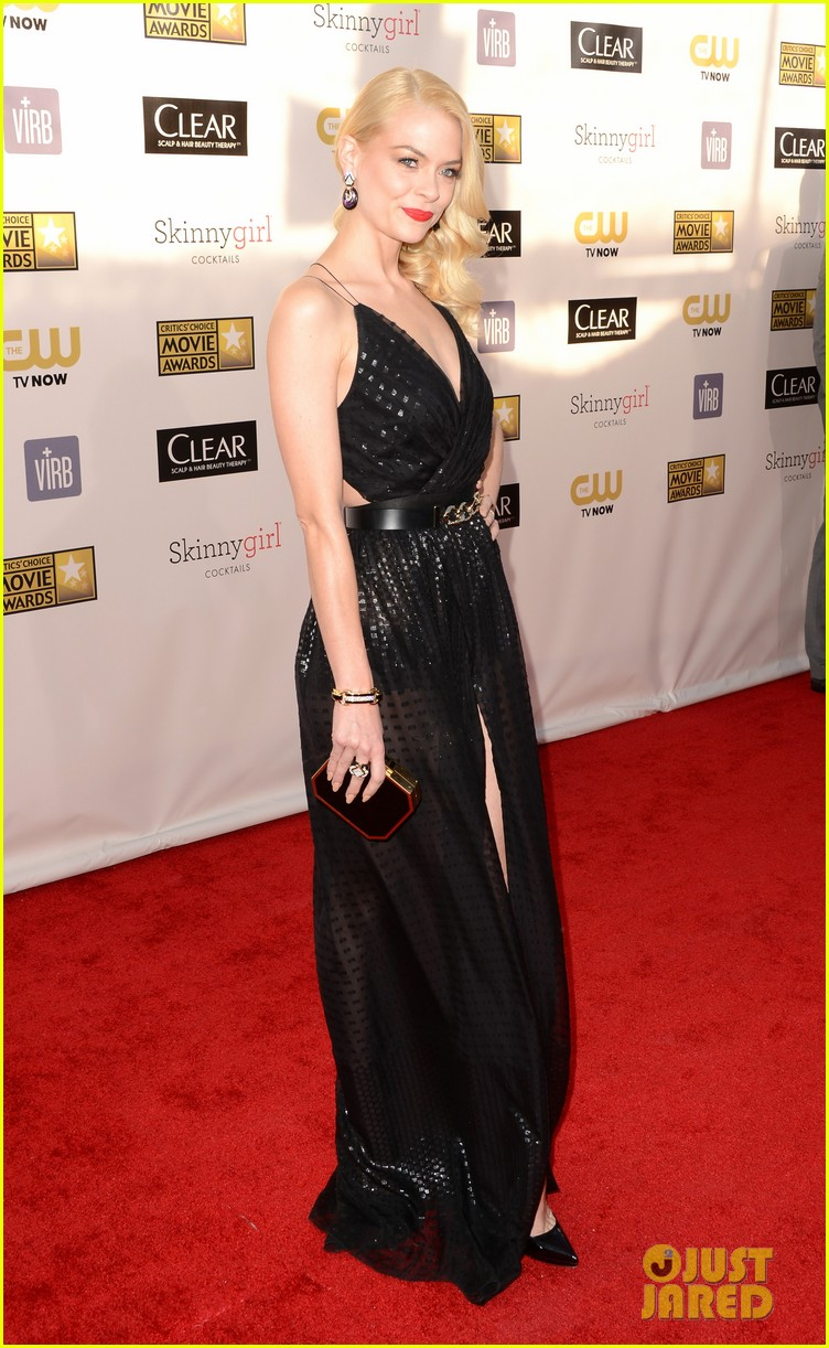 jaime king critics choice awards 2013 red carpet 022789036