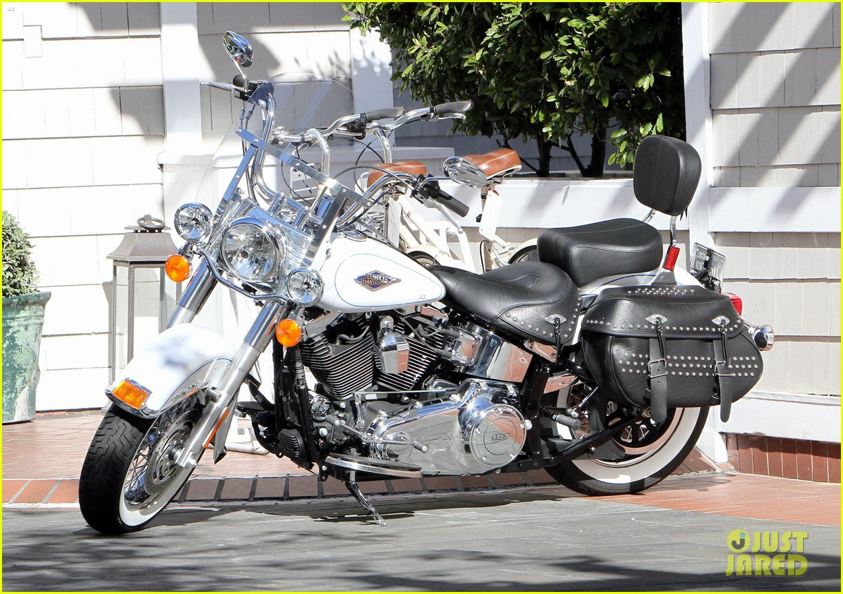 heidi klum martin kirsten motorcycle couple 082795649