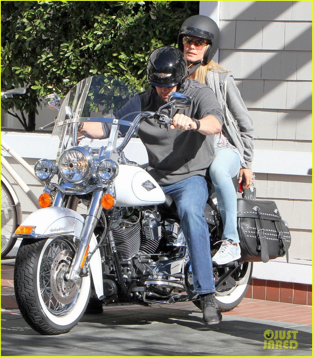 heidi klum martin kirsten motorcycle couple 152795656