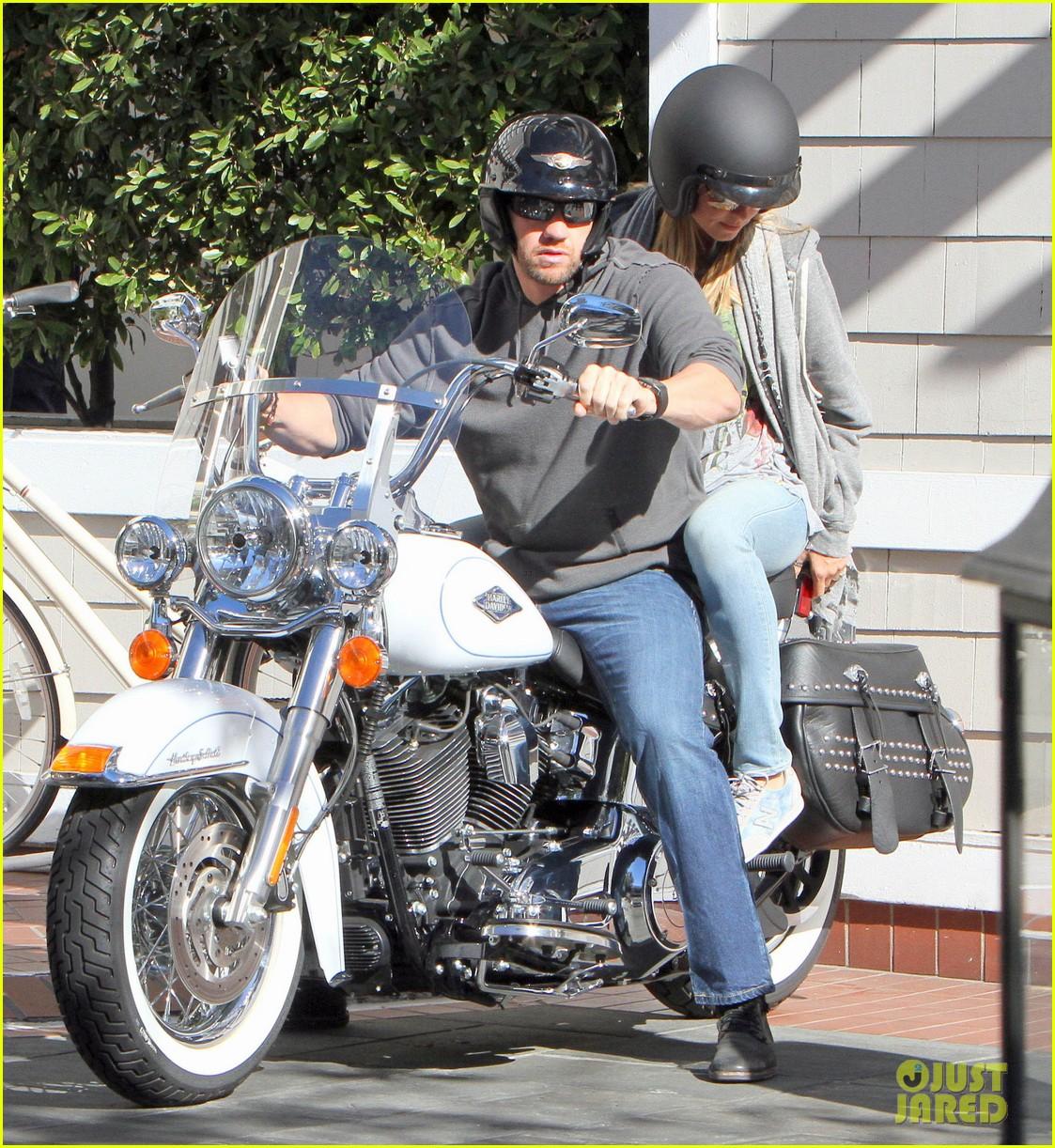 heidi klum martin kirsten motorcycle couple 162795657