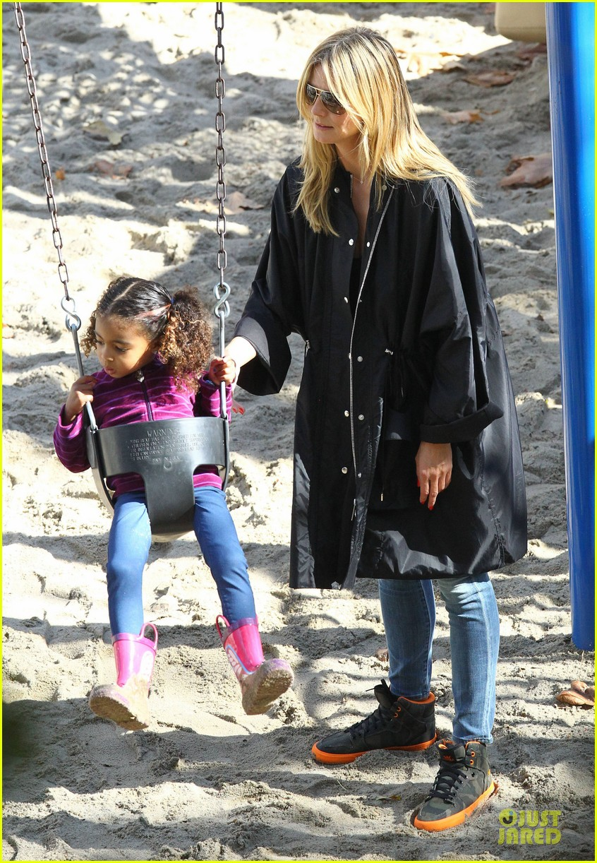 heidi klum martin kirsten swinging saturday with the kids 252799018
