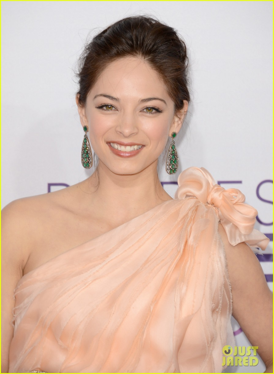 kristin kreuk jay ryan peoples choice awards 2013 022788061