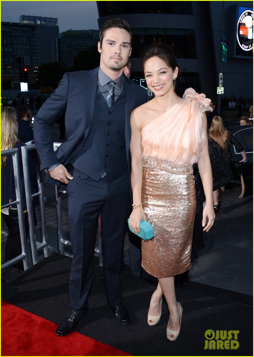 kristin kreuk jay ryan peoples choice awards 2013 03