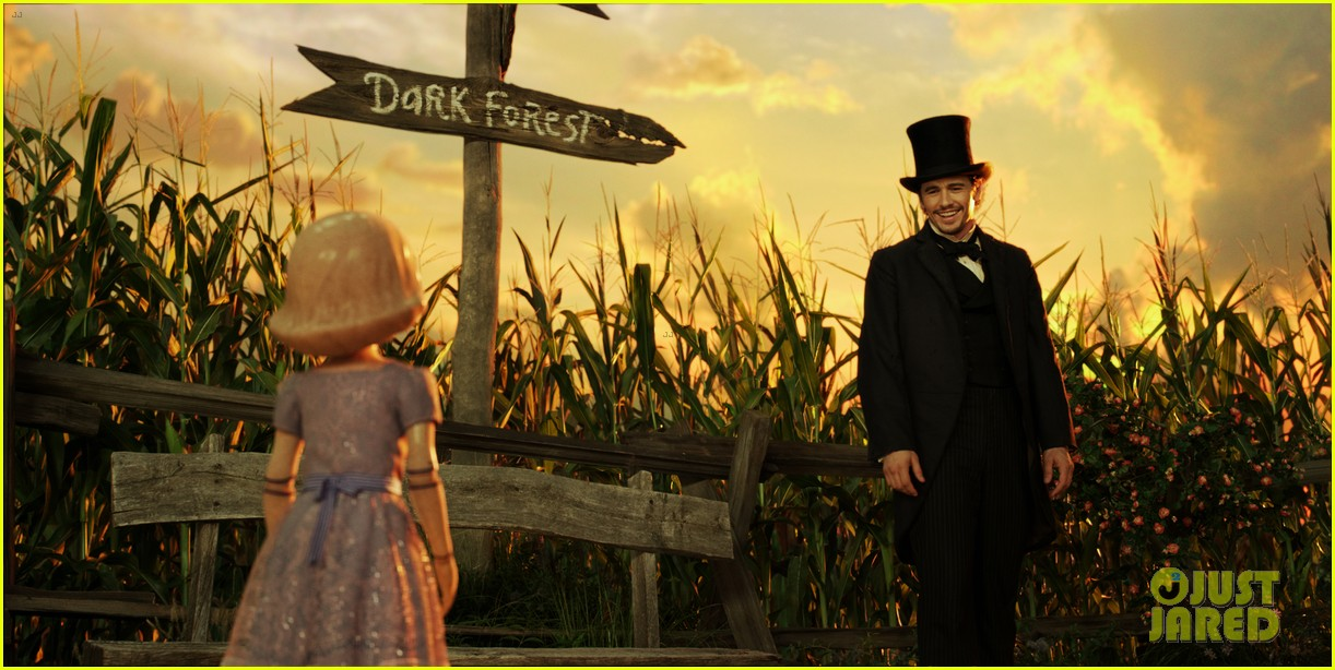 mila kunis james franco oz the great and powerful set visit 102801840