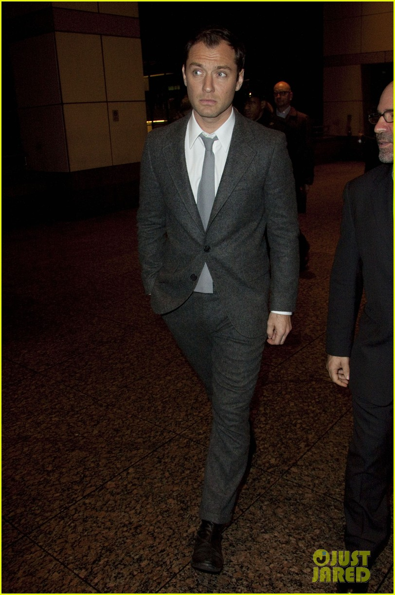 jude law late night with jimmy fallon appearance 022801883