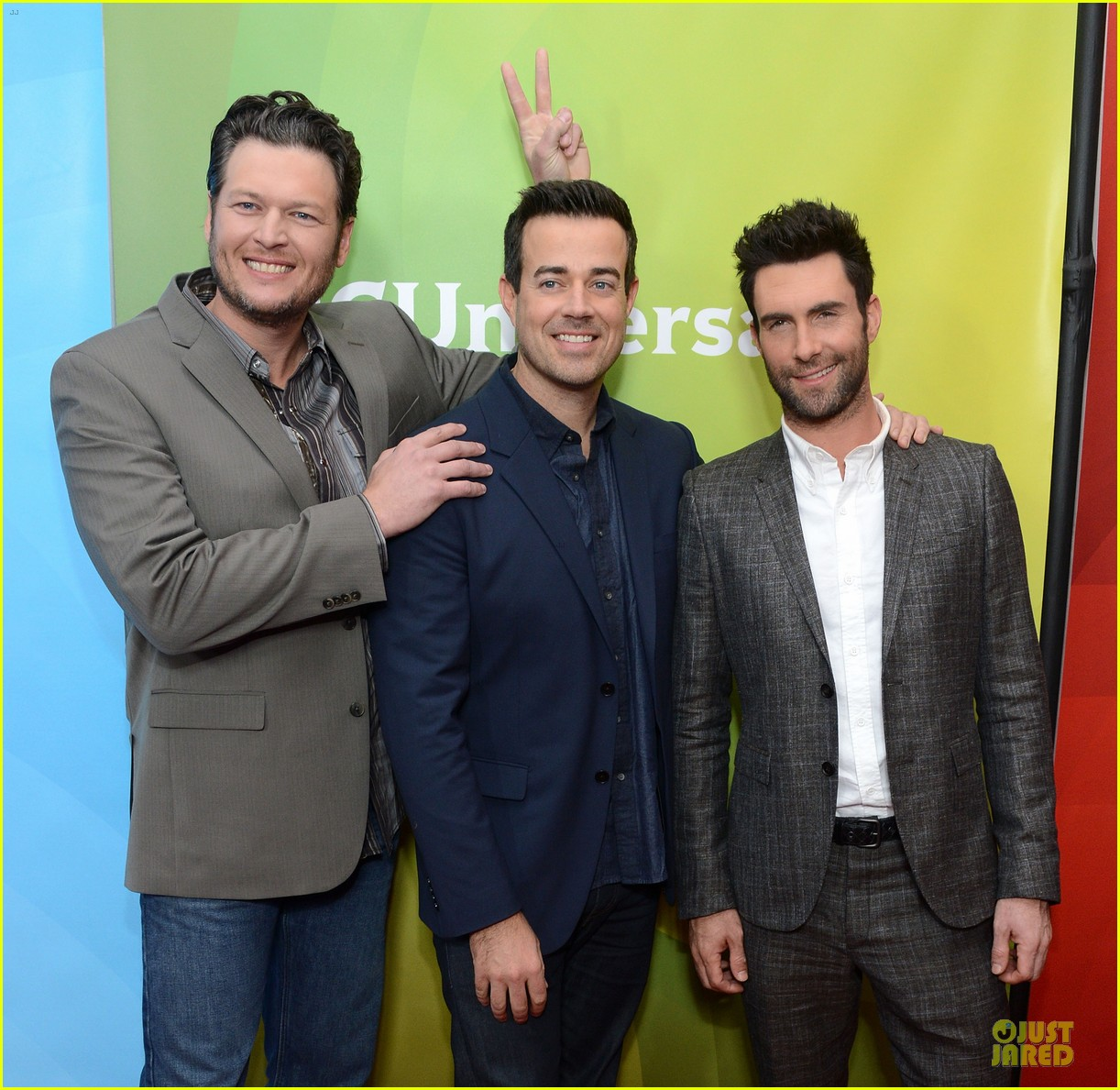 adam levine & blake shelton the voice tca press tour 02